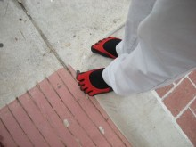 carls-red-toes